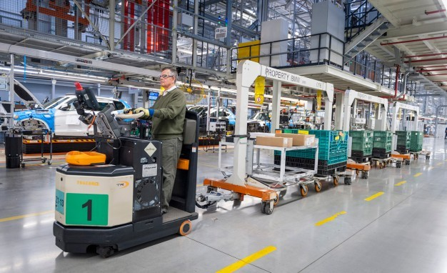 CC Apex's on BMW towline: Factors to Consider in Choosing Casters for Forklift-Free Initiatives
