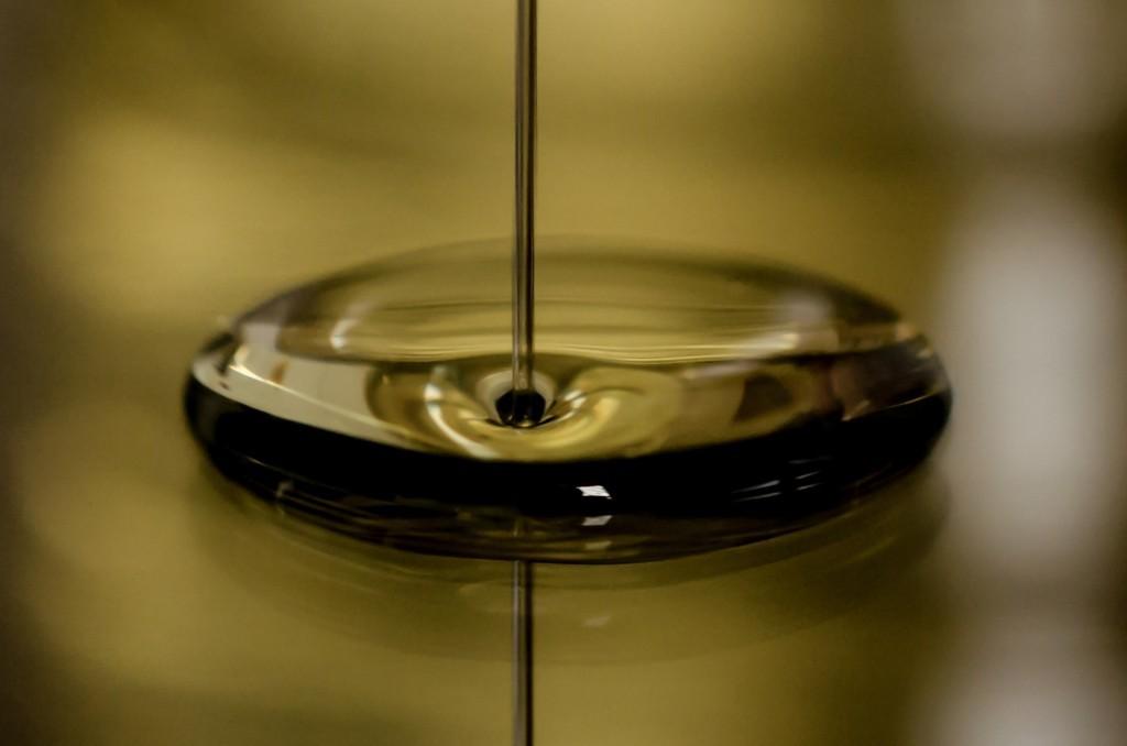 Caster-Connection-Oil-Some-Liquids-1024x678