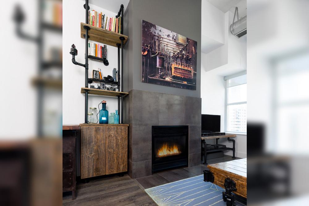 Industrial-Vintage-Pipes-Living-Room