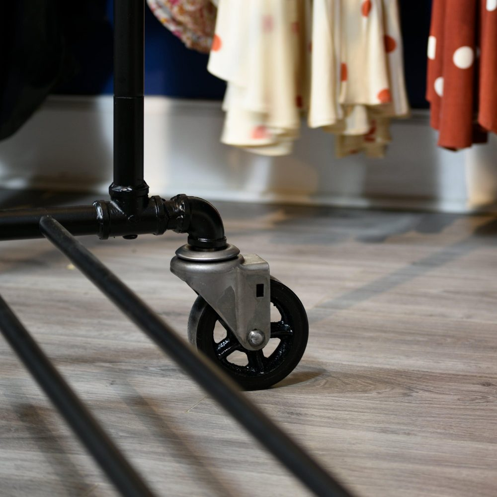 SQ CU Retail Industrial Pipe Garment Rack 3 Inch Vintage Polyurethane Tread Swivel Caster 4