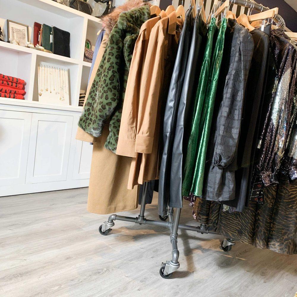 SQ FS Retail Industrial Pipe Garment Rack 3 Inch Vintage Polyurethane Tread Swivel Caster 4